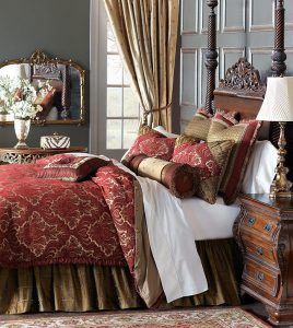 Here's to the finer things in life! Barrington is a celebration of regal taste: a majestic bed made for today's home. Gold and ruby hues delight in style while an aura of luxury promises to be both classic and extravagant.