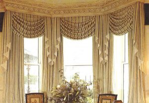 CUSTOM CURTAINS AND DRAPERIES renfro interiors window treatments